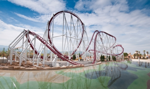 Shock, the Launch Coaster of Rainbow MagicLand (Italy) with a giant non-inverted loop.