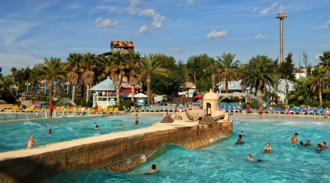 PortAventura passed from a theme park to a full resort with the opening in 2002 of 2 hotels and a water park