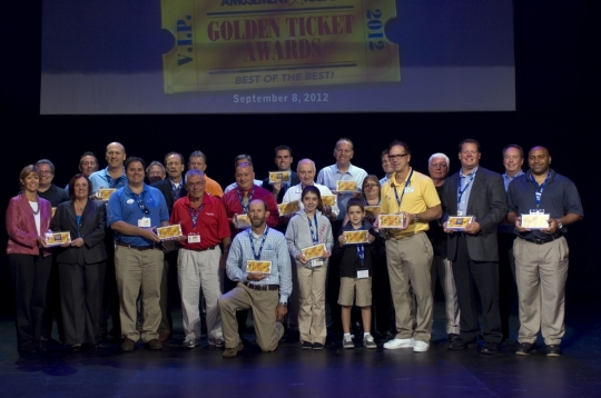 Photo de groupe des lauréats aux Golden Ticket Awards