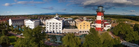 The site is now said to be the largest hotel resort in Germany, with five themed hotels (over 4500 beds), a guest house and a Camp Resort.