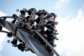 This Mini Dive Coaster was designed for Heide Park in Germany (Krake). It opened in 2011.